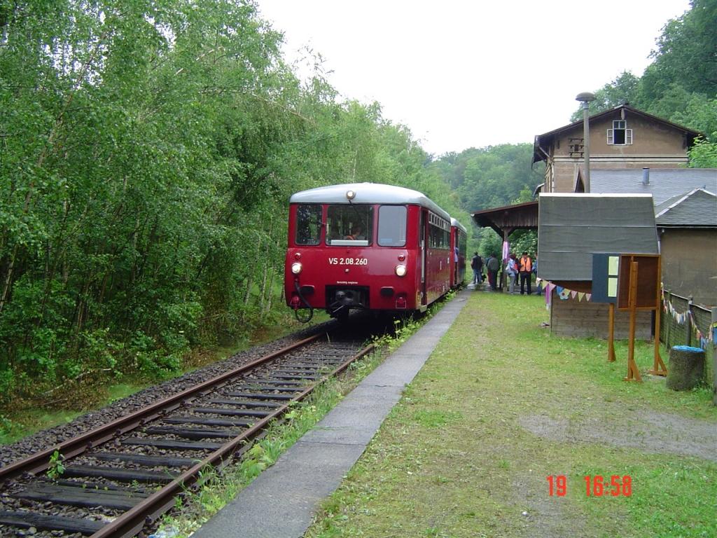 Foto_Schienenbus Bf Wolkenburg am 19.06.04