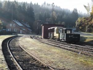 Bahnhof Schönheide Süd (Wilzschaus) am Morgen des 24.10.2015
